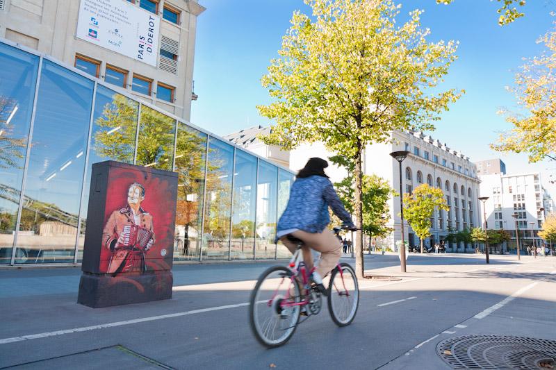 C215 sur les bords de Seine - Octobre 2011