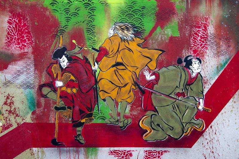 Pochoirs et affiches de C215 sur les murs de Paris