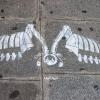 Sur les trottoirs parisiens