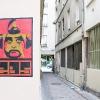 Affiches sur les murs de Paris